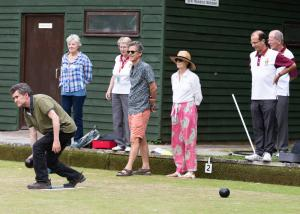 Have-a-Try-at-Bowls-Day_FWCC_FF19_905_Victoria-Park-Bowls-Club_Sandy-Whitton_