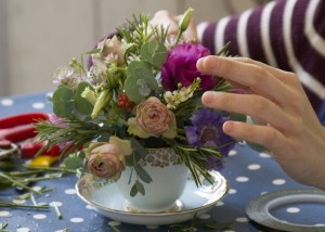 ©Davina Chedgy FF2016 Event 503 Tea Cup Posies with Bramble and Wild MG 2327